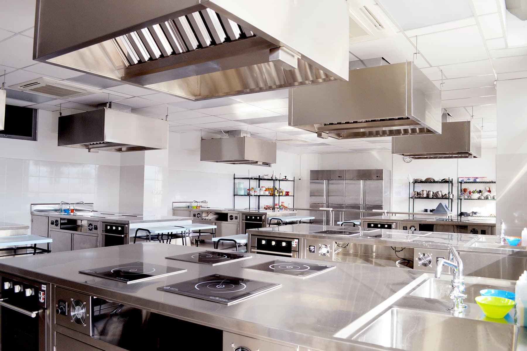 comprehensive maintenance and hygiene kitchen cleaners